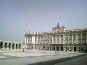 王宮とパエリア